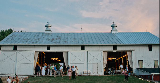 dayton, ohio barn farm wedding photographer