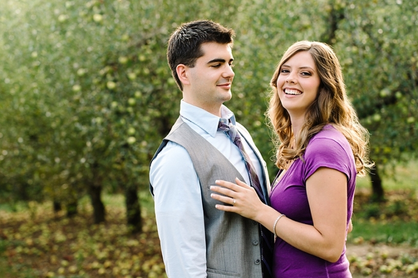 natural engagement picture pose